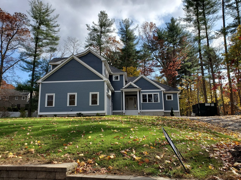 Photo of 1 Wing Rd Lynnfield MA 01940