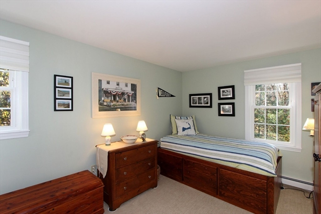 171 Old Post Road Barnstable MA 02632