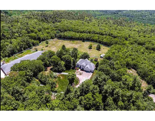 54 Chestnut Hill Rd, Amherst, NH 03031