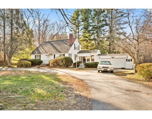 38 Birch Meadow Rd, Merrimac, MA 01860
