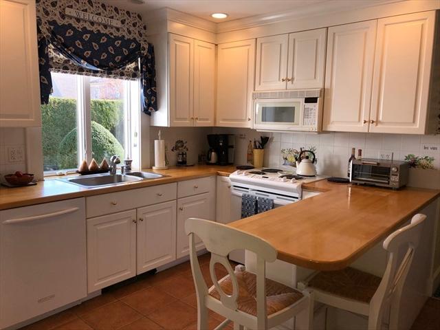 43 Rockland Street Dartmouth MA 02748