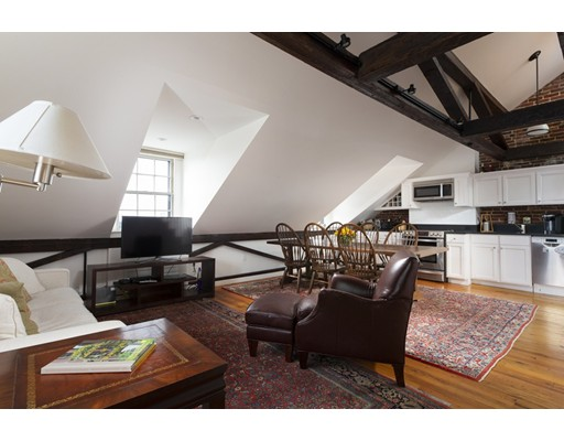 1 Louisburg Square Unit 5, Boston - Beacon Hill, MA 02108