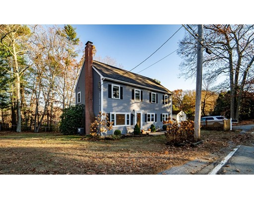 91 Old Andover Rd, North Reading, MA 01864