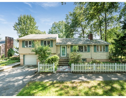 Conveniently located in the coveted Baker School district. This charming 3BR2BA house features an open kitchen and dining area, spacious living space with bonus sun room, and hardwood floor throughout. Master bedroom features large closet with built in shelves. Finished basement offers family room / work out area / extra living space with a full bathroom. Minutes to Chestnut Hill mall, Wegmans, Arnold Arboretum, and Orange Line / Commuter Rail. Easy commute to the Longwood Medical Center and Boston. A gem not to be missed.