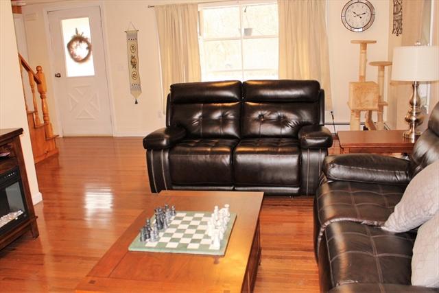 1622 Old Pleasant Street Bridgewater MA 02324