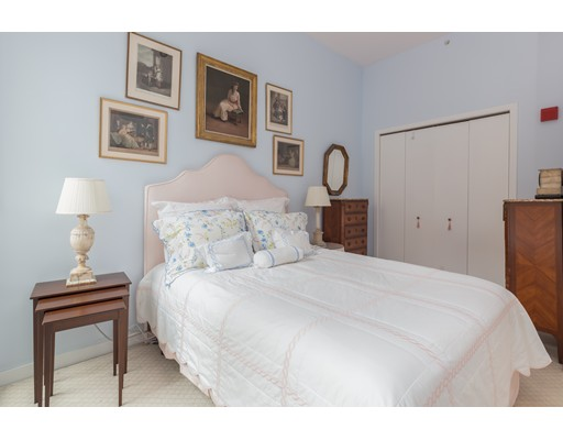 Condominium/Co-Op for sale in Dover Lofts, 201 South End, Boston, Suffolk