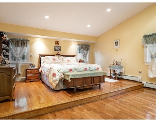 419 Franklin Street, Reading, MA 01867