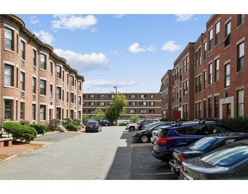 1 Cypress Rd  Unit- 105 Unit Top Floor, Boston - Brighton, MA 02135