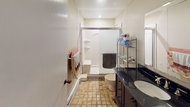 47 Oak Street Wareham MA 02571