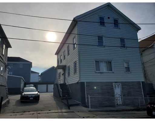 329 Ferry St, Fall River, MA 02721