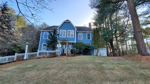 228 Rolling Meadow Drive Holliston MA 01746