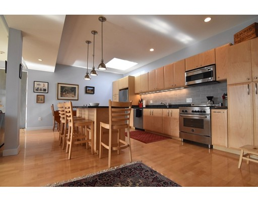 950 Dorchester Ave Unit 304, Boston - Dorchester, MA 02125