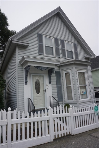 69 5Th Street Lowell MA 01850