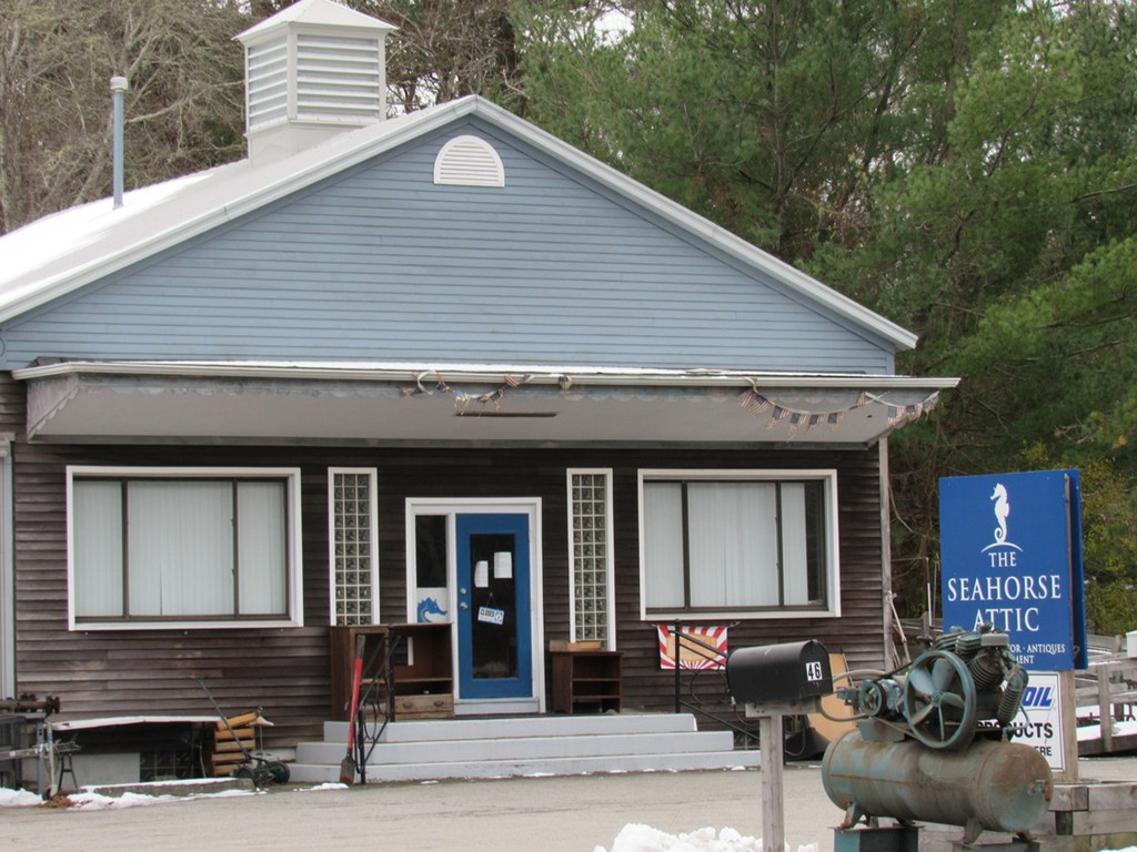 Awesome opportunity to Lease in the beautiful town of Mattapoisett!!  Enjoy maximum exposure for your business at this high traffic and high visibility location!  Located In prestigious Mattapoisett, this unit is 1400 square feet with a wide open reception area and individual spacious offices. All ADA Compliant with handicap accessible bathrooms and access ramp. The property is setback from busy Route 6 for quiet country atmosphere with outdoor space available. Great location for a retail boutique, day spa or small medical practice,...plumbing in place for easy build out . Lots of dry storage, central heat and central air too. Owner is willing to allow custom build out for longer term lease. Owner on premises, Easy move in terms.