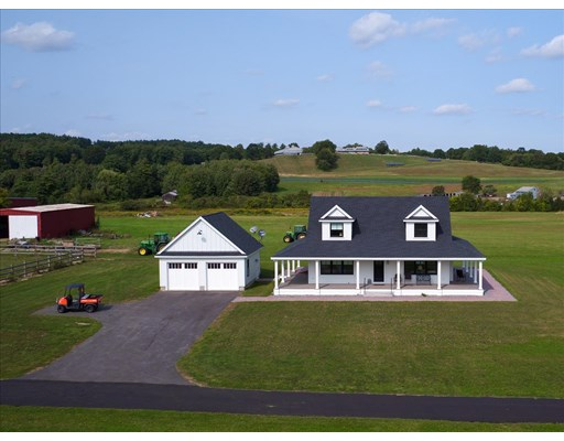 3 Beds, 2 Baths home in Amesbury for $2,150,000