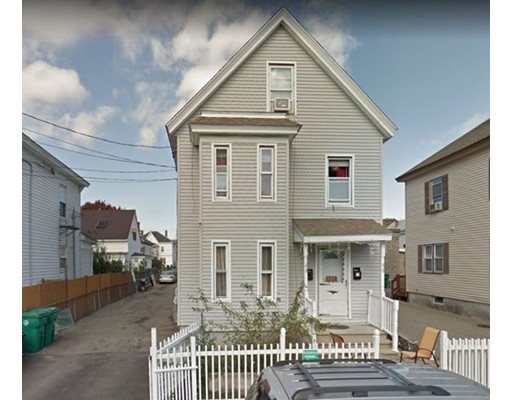 88 Lilley Ave, Lowell, MA 01850