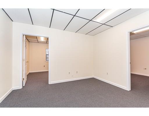 1595 Lakeview Ave Unit 8, Dracut, MA 01826