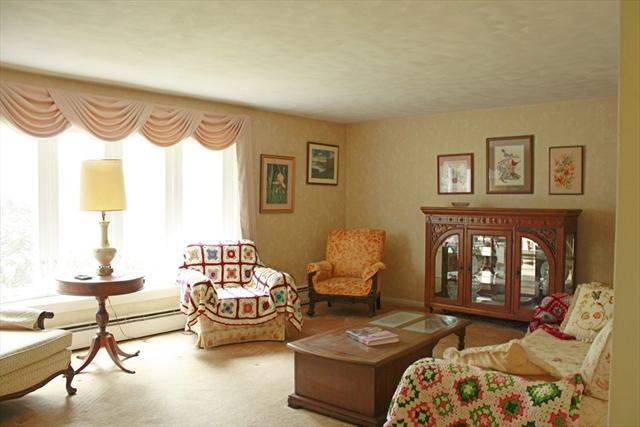 71 Fernwood Drive East Longmeadow MA 01028