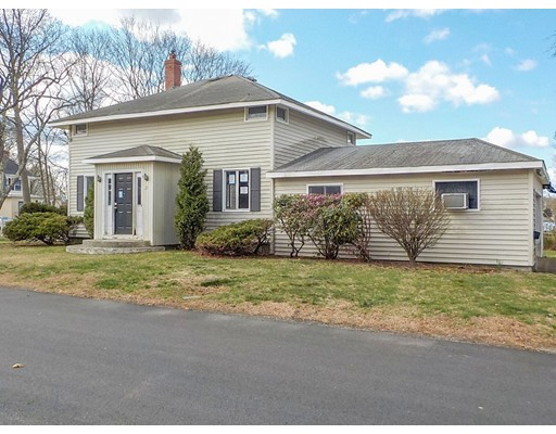 27 Bowden Ave, Barrington, RI 02806