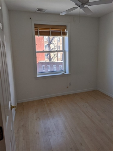 464 Hanover Street Boston MA 02113