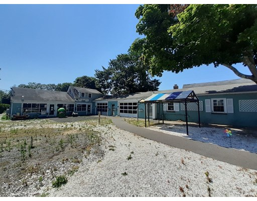 541 Main St, Barnstable, MA 02601