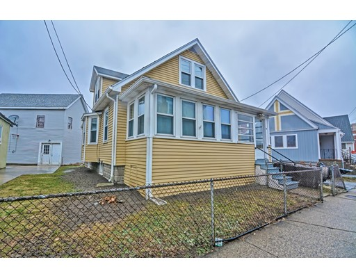 73 Norwood St, Everett, MA 02149