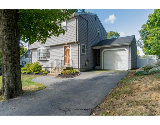 62 Downer Ave, Hingham, MA 02043