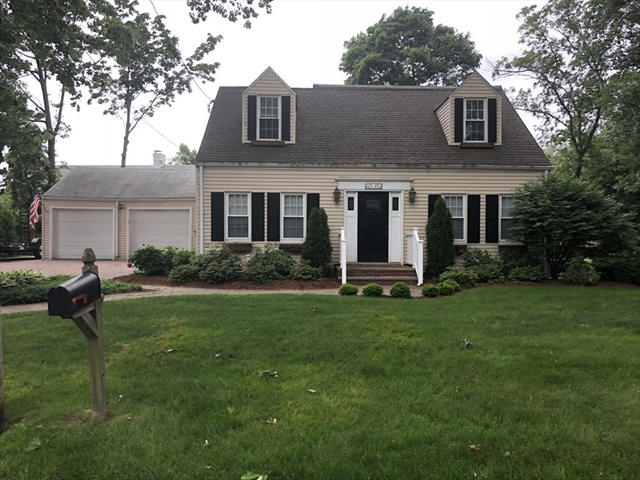 14 Ward Terrace Lynnfield MA 01940