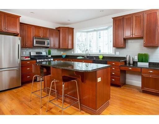 249 Robbins Street Unit 2A, Waltham, MA 02453