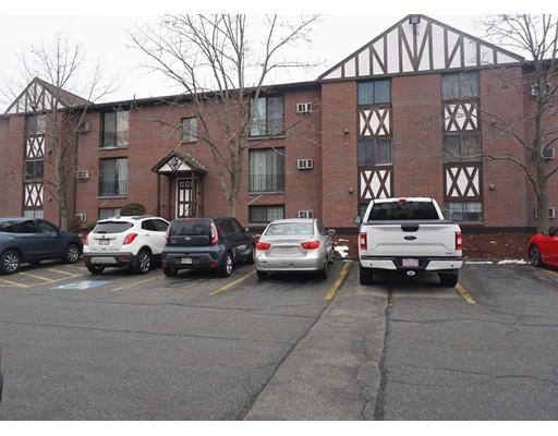 1241 Lawrence St Unit 102, Lowell, MA 01852