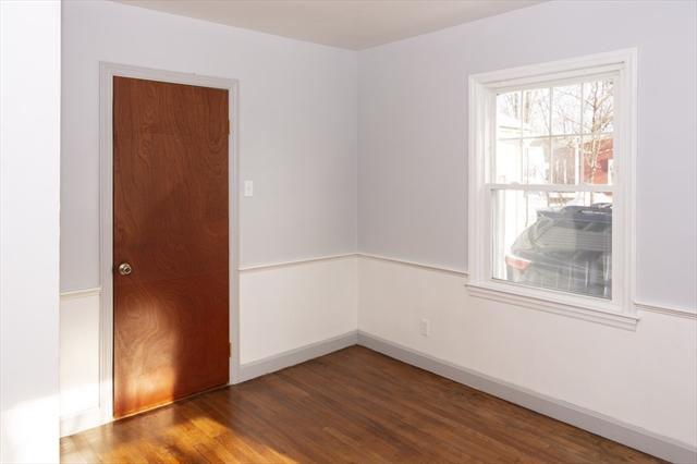 21 Metcalf Street Gardner MA 01440