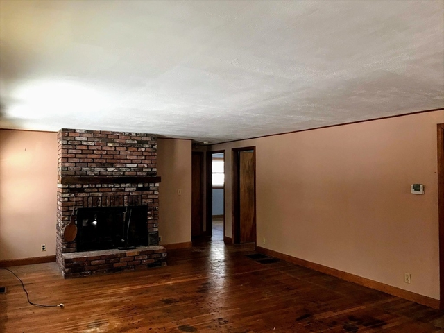56 Old Orchard ST, Groton MA 01450