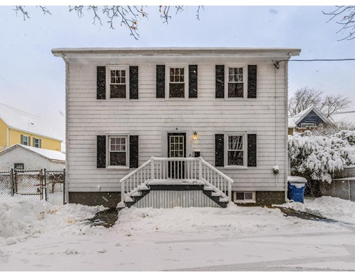 4 Barton Pl, Salem, MA 01970