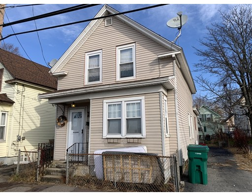 371 Lakeview Avenue, Lowell, MA 01850