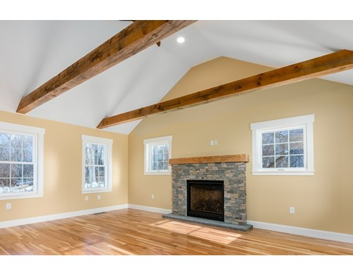 19 Hampstead St Unit 19, Methuen, MA 01840
