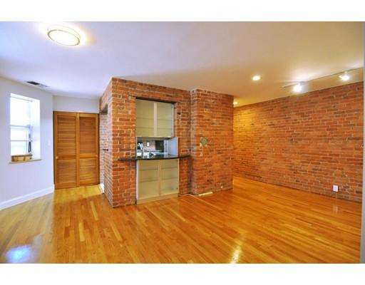 95 Gainsborough St Unit 408, Boston - Fenway, MA 02115