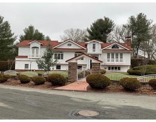 8 Country Club Blvd., Dartmouth, MA 02747