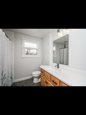 212 Grove Street Kingston MA 02364