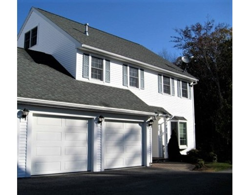 1221 Matthew Woods Dr Unit 12 21, Braintree, MA 02184