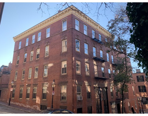 90 Revere St, Boston - Beacon Hill, MA 02114
