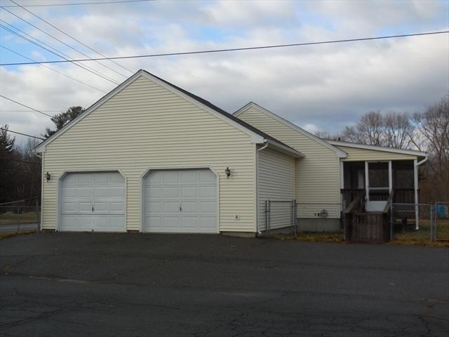 143 Everett Street Easthampton MA 01027