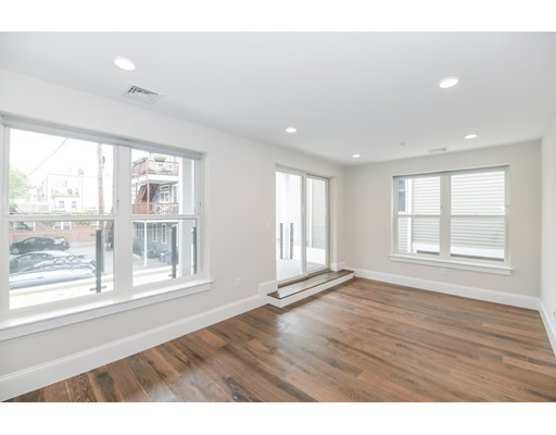 545 E 3rd Unit 1, Boston - South Boston, MA 02127