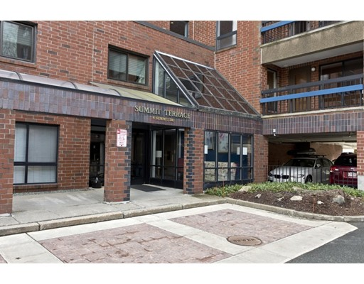 4 Summit Drive Unit 310, Reading, MA 01867