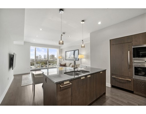 Condominium/Co-Op for sale in Residences at W Boston, 20C Midtown, Boston, Suffolk