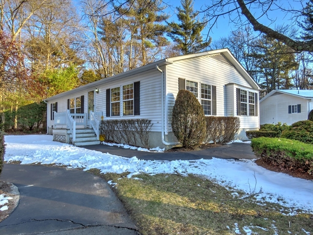 8 Edgewood Circle Bridgewater MA 02324