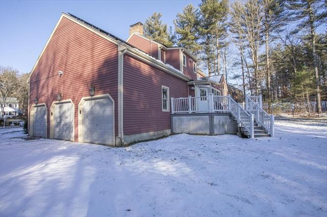 135 Satucket Trail Bridgewater MA 02324