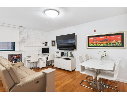 125 B St Unit 1D, Boston - South Boston, MA 02127