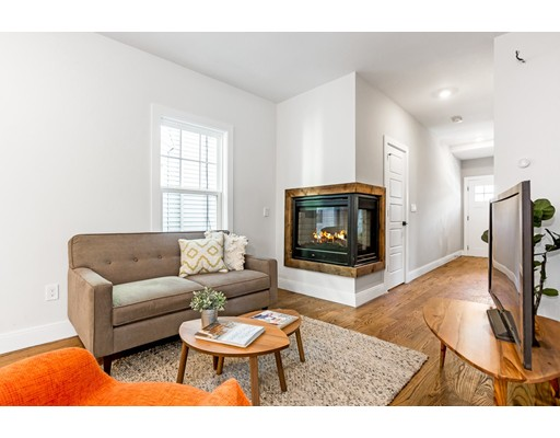 24 Robinson St Unit 24, Somerville, MA 02145
