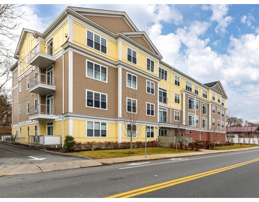 130 Tremont St Unit 401, Melrose, MA 02176