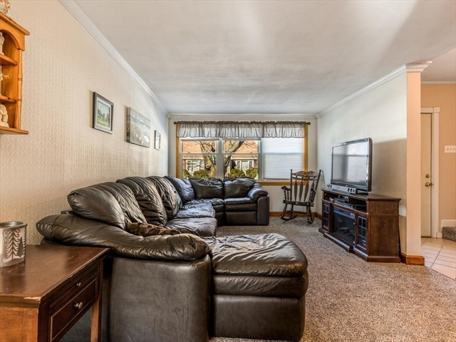 41 Cliff Street Malden MA 02148
